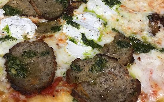 bella meatball pizza